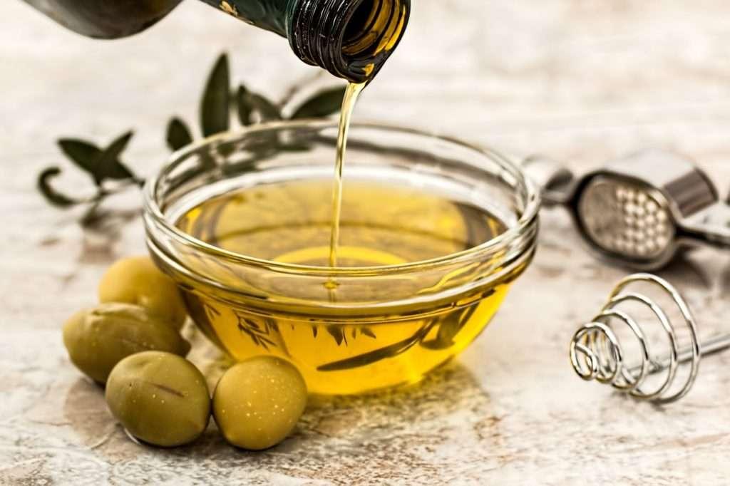 Olio d'oliva contro i pidocchi