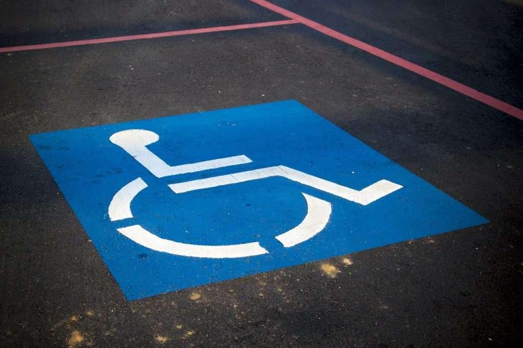 Parcheggio per portatori di handicap